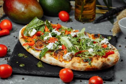 Nietypowe przepisy na pizzę. Proste domowe sposoby