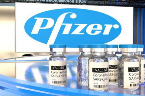 """Dyrektor Pfizer: """"Prawdopodobnie konieczne będzie podanie trzeciej dawki szczepionki"""""""